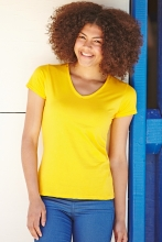 naisten v-aukkoinen t-paita